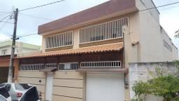 Casa 2 andares em Marataizes muito espaçosa e segura