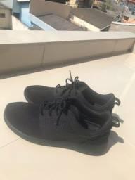Título do anúncio: Tênis Nike Roshe One Triple Black