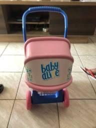 Título do anúncio: Carrinho baby a life