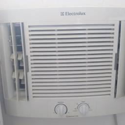 Electrolux Maximus 7500 semi novo