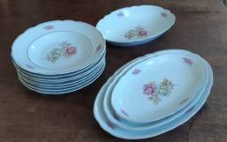 Conjunto de pratos Antigos(inteiros e bem conservados)