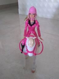Boneca Barbie Equitação
