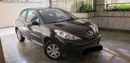 Vendo Peugeot 207 XR 1.4 8V - Modelo 2011