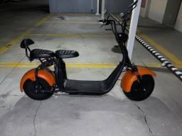 Moto elétrica Scooter 2000w, Bateria de 21 Ah, 2 Lugares