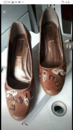 Sapatos de couro apenas $15 cada número 35