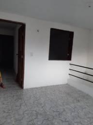 Alugo casa R$ 550