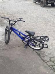 Vendo está bicicleta o valor e 200 reais
