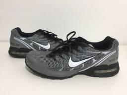 Tênis Nike Air Max Torch 4
