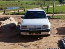 Título do anúncio: KADETT valor do carro $R:4000 a vista