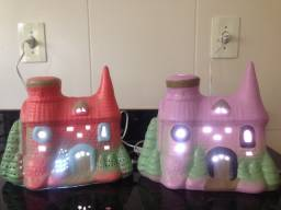 Título do anúncio: 02 Luminárias De Quarto / Castelo Encantado Iluminado / Kit Com 2 Peças
