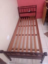 Vendo duas camas no Aracy 1