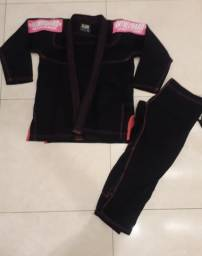 Kimono In the Guard preto e rosa F3