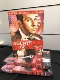 Box de filme (Agente 86)