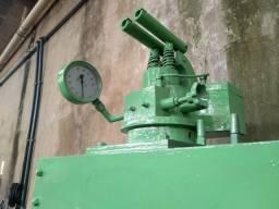 Prensa hidráulica 200 ton