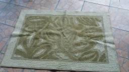 Tapetes usados em bom estado