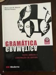 Livro de Gramática e Literatura do Ensino Médio