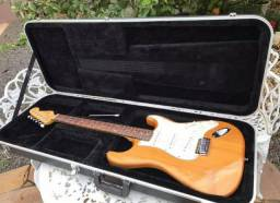 Guitarra Squier Fender