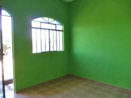 Casa para alugar com 2 dormitórios em Sagrada familia, Divinopolis cod:10316