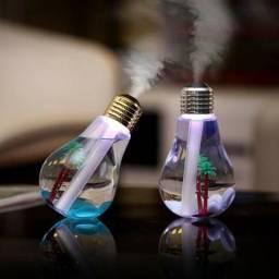 Umidificador de ar em forma de lampada