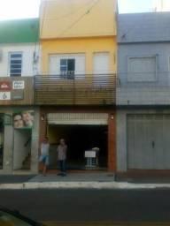 Prédio Comercial À VENDA na Rua PRINCIPAL do Centro de Estância-SE.