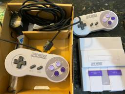 Videogame Super Nintendo Classic Edition (HDMI, 2 Controles, 21 jogos)