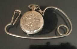 Relógio de Algibeira a corda antigo