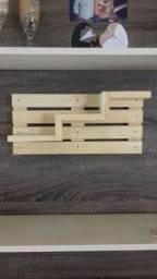 Suporte para utilidades, feito em madeira, sou de Ipatinga MG