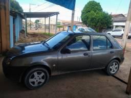 Vendo Ford fiesta GL 2001. R$ 7.000