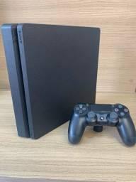 PS4 Playstation 4 1TB c 1 controle + Brindes