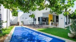Título do anúncio: Casa de condomínio para venda com 375 metros quadrados com 4 quartos