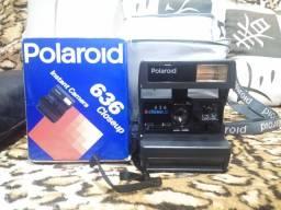 Camera Polaroid 636 Closeup