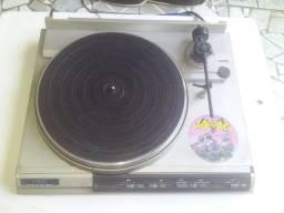 Toca disco Gradiente TT 500 ( Por favor leia a descrição)