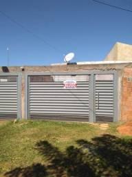 Alugo Casa Nova Campo Grande com 3 quartos