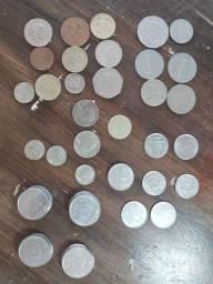 Vendo lote com 50 moedas pra vender hj