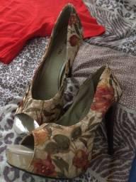Macacão e Sapato