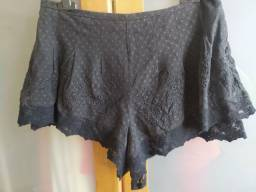 Título do anúncio: shorts preto rendado com forro e zíper invisível