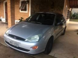 Ford Focus 2003/2003 1.8 16v - com Motor trincado - R$ 4700,00