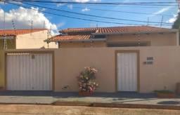 Casa no centro sul em Várzea Grande