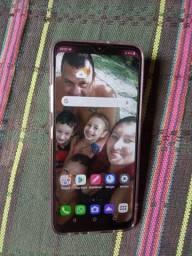 Vendo um celular lgk41s