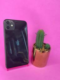 Título do anúncio: iPhone 11 64GB preto ( trinco na câmera, damos capinha e película grátis )