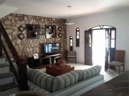 Título do anúncio: Casa para venda tem 150 metros quadrados com 4 quartos em Itapuã - Salvador - BA