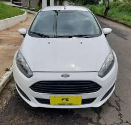Ford New Fiesta 2015 Completo!Com Som Bluetooth e Direção elétrica!Novo!