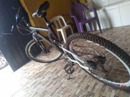 Bicicleta vzan novinha