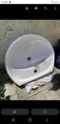 Lavatório de banheiro  retira taipas zn sp aceito pix tbm