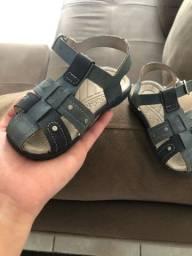 Sandália menino tamanho 22