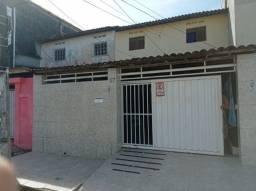 Casa próximo a principal do Mangabeira I