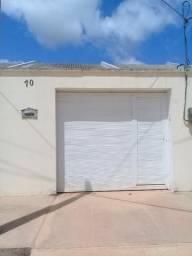 Casa pra alugar em Eusébio; bairro timbu! Toda na grade, box, garagem.