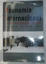 Livro Economia Internacional: teoria e prática
