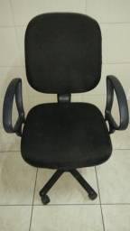 Cadeira de computador ou escritório novinha