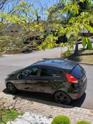 Carro Particular Ford New Fiesta Hatch excelente estado - 2014